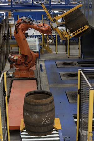 Robot loading cask for firing