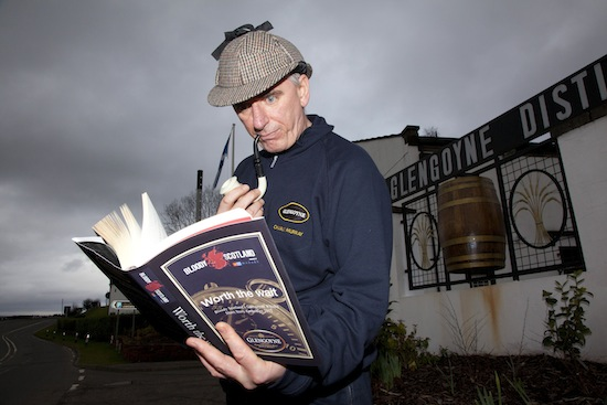 Mashman Charlie Murray does his detective work for the Glengoyne Short Story Writing competition, part of the inaugural Bloody Scotland International Crime Writing Festival.