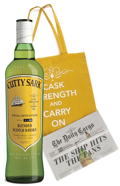 Caskstrength Cutty Sark with bag and paper